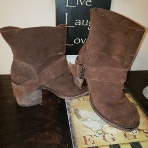 Vera Wang Lavender Label Cassidy Leather Boots